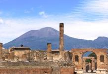 5 cose da fare a Ferragosto a Napoli: tra cultura e divertimento