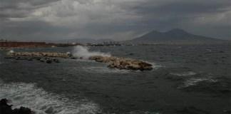 Meteo Napoli, previste piogge e raffiche di vento nel weekend