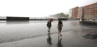 """Meteo Napoli, settembre: è arrivato il ciclone """"Morgana"""""""