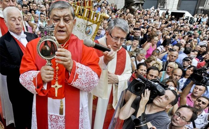 San Gennaro, il miracolo è avvenuto: il sangue si è sciolto