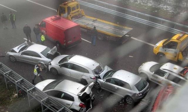 Circumvallazione esterna, incidente a catena: ci sono dei feriti