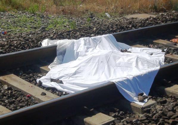 Investita da un treno sulla tratta Napoli-Caserta: muore 14enne