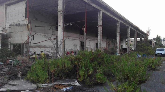 Napoli, ritrovato cadavere in avanzato stato di decomposizione all'interno dell'ex mercato ortofrutticolo