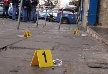 """Sparatoria ai Quartieri Spagnoli: """"Scendi che ti ammazzo!"""""""