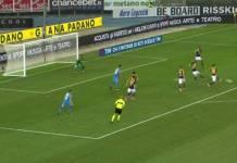 Verona - Napoli, bottiglie contro il pullman dei tifosi azzurri