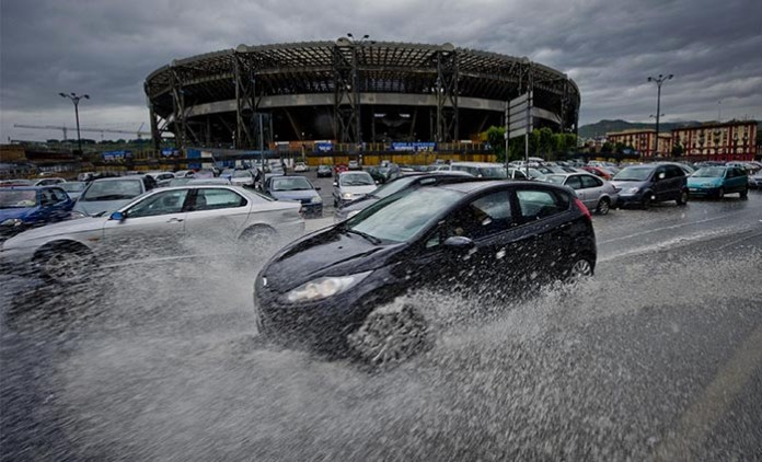 Meteo Napoli: temporali e raffiche di vento in arrivo