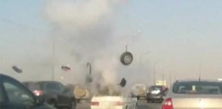 Napoli, Porta Nolana: panico, esplosione di una vettura