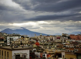 Meteo Napoli, l'inverno si anticipa: temperature in calo
