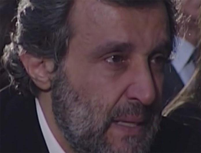 """Flavio Insinna, lettera a Fabrizio Frizzi: """"Grazie per essermi amico"""""""