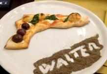 """Napoli: spunta la pizza a forma di pistola dedicata a """"Gomorra"""""""