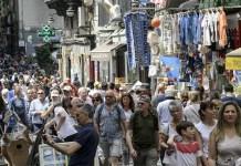 """Luigi De Magistris, le ingiustizie su Napoli: """"La nostra dignità non ha prezzo"""""""