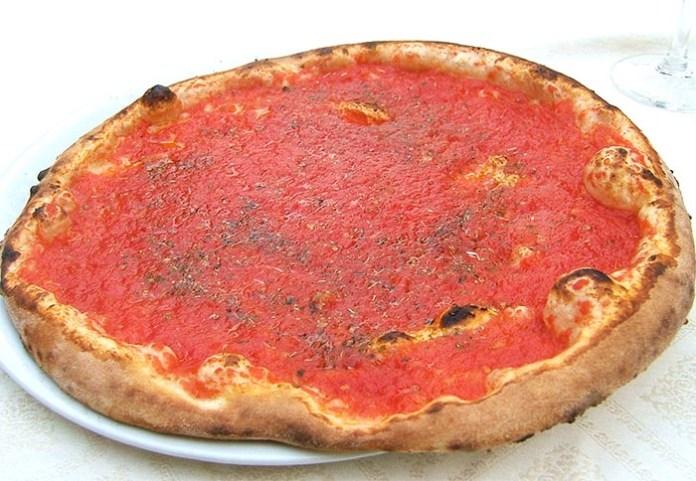 Ricetta della pizza marinara napoletana: la più semplice e gustosa
