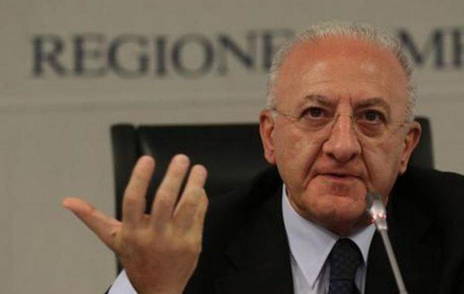 Vincenzo De Luca contro Gomorra: la serie tv che fa guadagnare