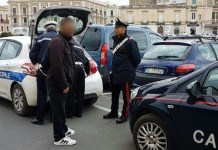 Coroglio, parcheggiatori abusivi dopo aver minacciato un centauro