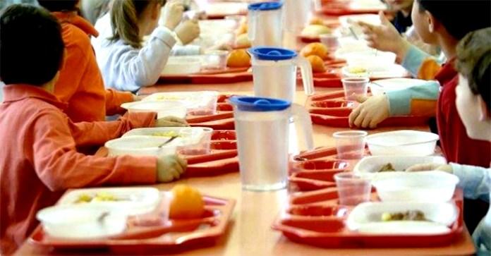 Giugliano, 100 bambini intossicati: indagini su mense scolastiche