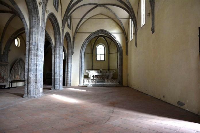 Napoli, Chiesa dell'Incoronata: custode della reliquia della corona di Cristo