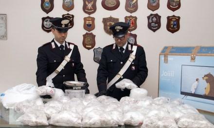 Piscinola, arrestato spacciatore con 22 mila dosi tra eroina e Kobret