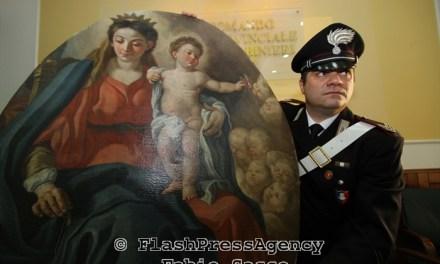 Recuperata la Madonna col bambino trafugata nella chiesa di San Michele a Tramonti (SA)