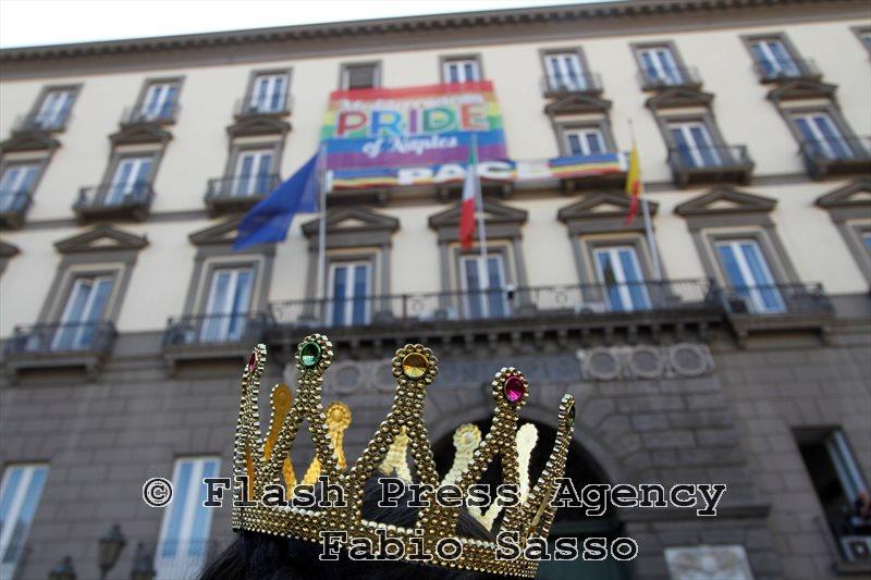 Gay Pride Latina, scritta 'W la f…a' su striscione ferisce omosessuali