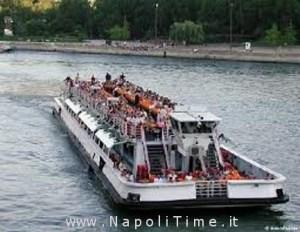 bateau mouche