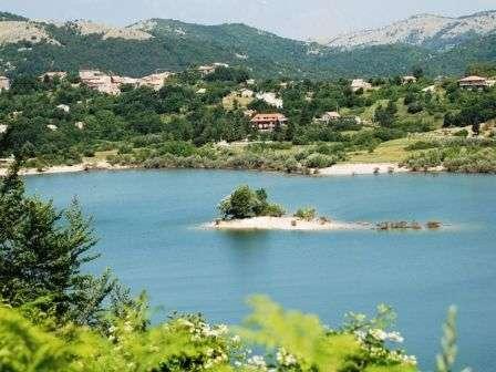 lago letino