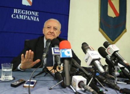 De Luca stampa