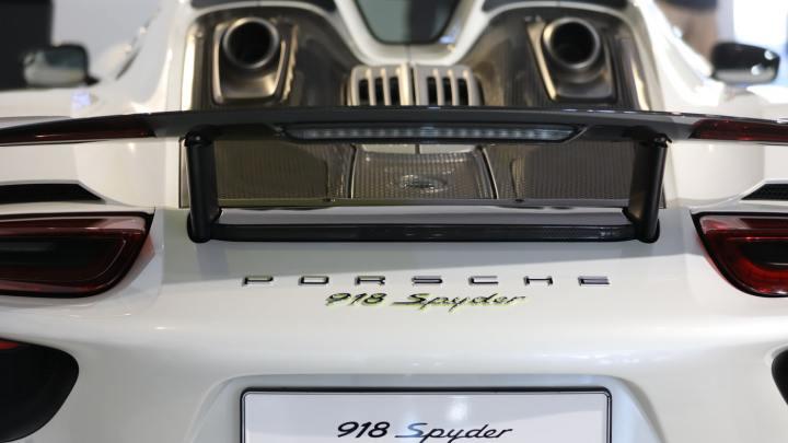 Naprawa samochodów luksusowych Porsche, Jaguar, Mercedes, Ferrari oraz Bentley