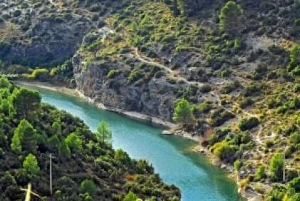 Río-Júcar-paseo-por-las-hoces-del-Júcar-en-Alarcón-Cuenca-Celtiberox