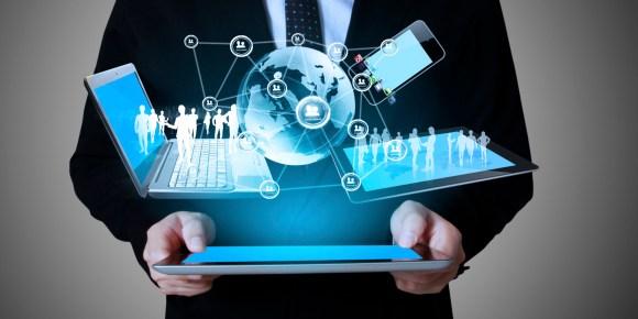 El marketing digital también permite que haya una comunicación bidireccional entre las marcas y sus clientes. Foto: clowdertank.com