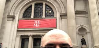 USA: vi stiamo aspettando davanti al Metropolitan di New York