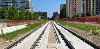 Tram Milano Nord. I binari avanzano da Viale Monza al quartiere Adriano. Abbiamo visitato il quartiere.