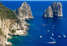 Procida, Ischia, Capri: viaggio nella capitale italiana della cultura e nelle isole del golfo di Napoli.