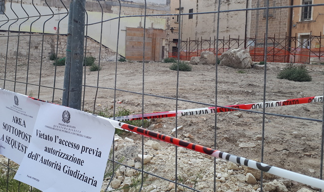"OSSA ""MISTERIOSE"" TRA LE MACERIE DEL CANTIERE"