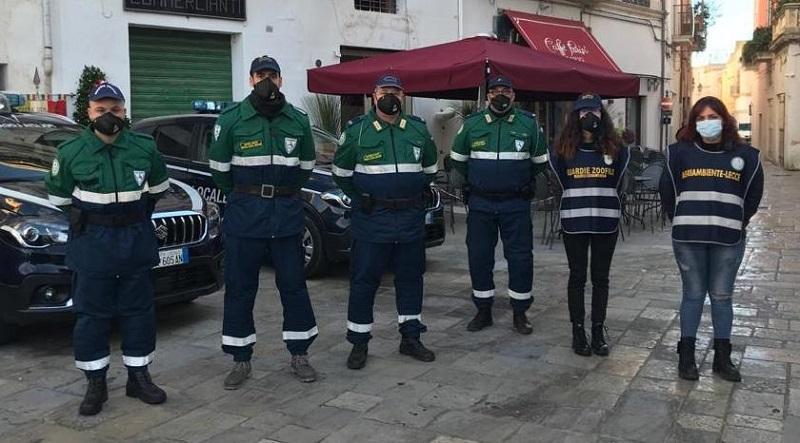 GIRO DI VITE DELLE GUARDIE ZOOFILE IN CITTÀ. SANZIONI PER UN TOTALE DI 1200 EURO