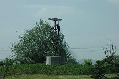 afyonkarahisar-sucuk-heykeli