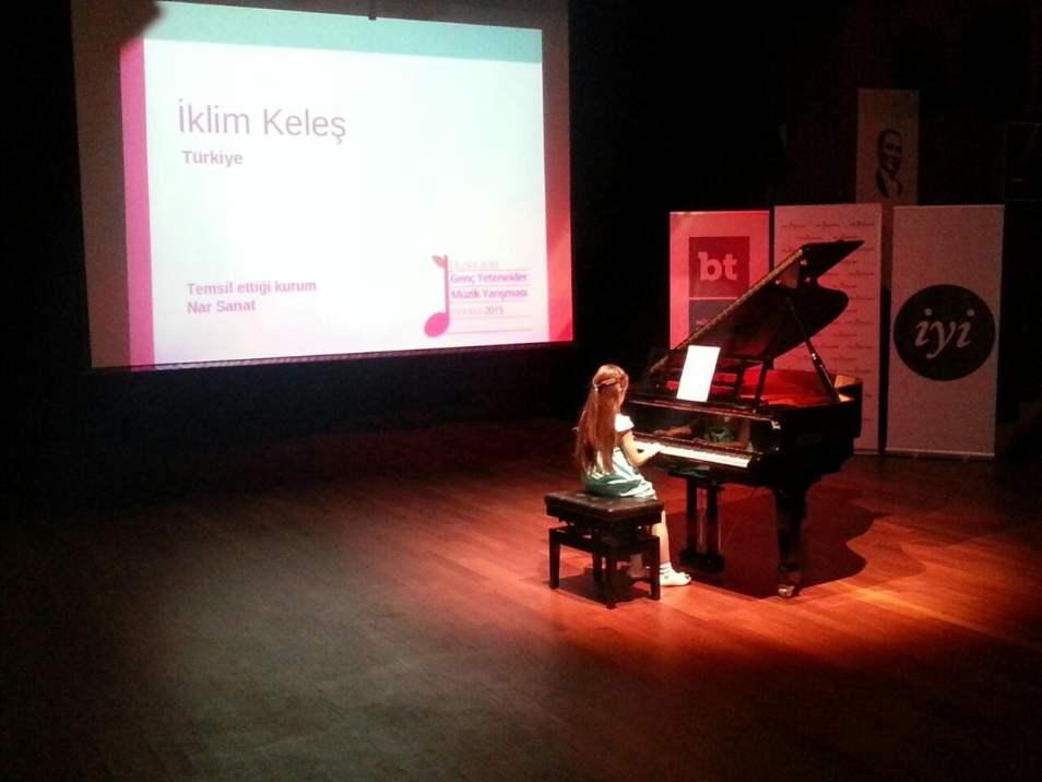 Uluslararası Genç Yetenekler Müzik Yarışması Nar Sanat Öğrencisi İklim Keleş