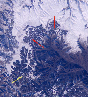 Expedition 10 photo showing Great Wall of China