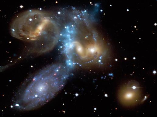 Colisión de galaxias.