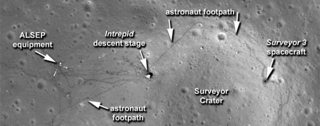 Fotografia in alta definizione de sito d'atterraggio dell'Apollo 12 scattata dal Lunar Reconnaissance Orbiter o LRO