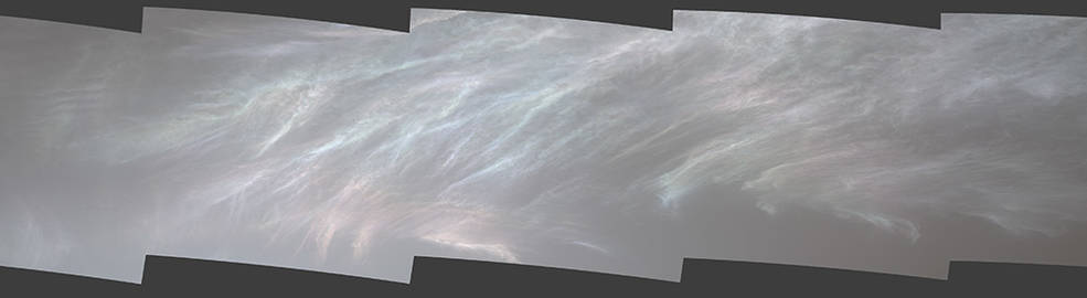 """NASA's Curiosity Mars rover spotted these iridescent, or """"mother of pearl,"""" clouds on March 5, 2021"""