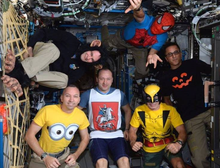 halloween_on_iss_exp_53