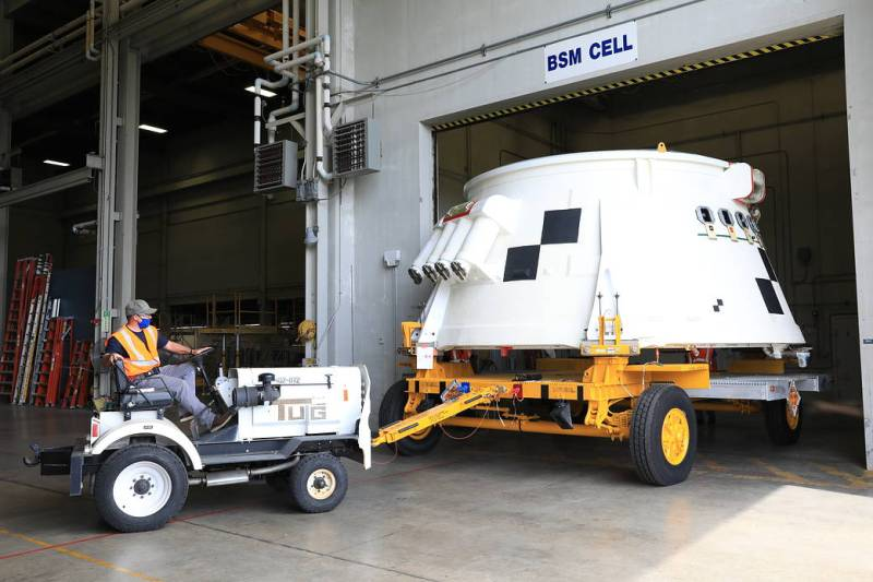 The first of two aft skirts for Artemis I for NASA's Space Launch System solid rocket boosters is moved from the BFF.
