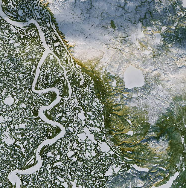 Mackenzie River in Canada's Northwest Territories