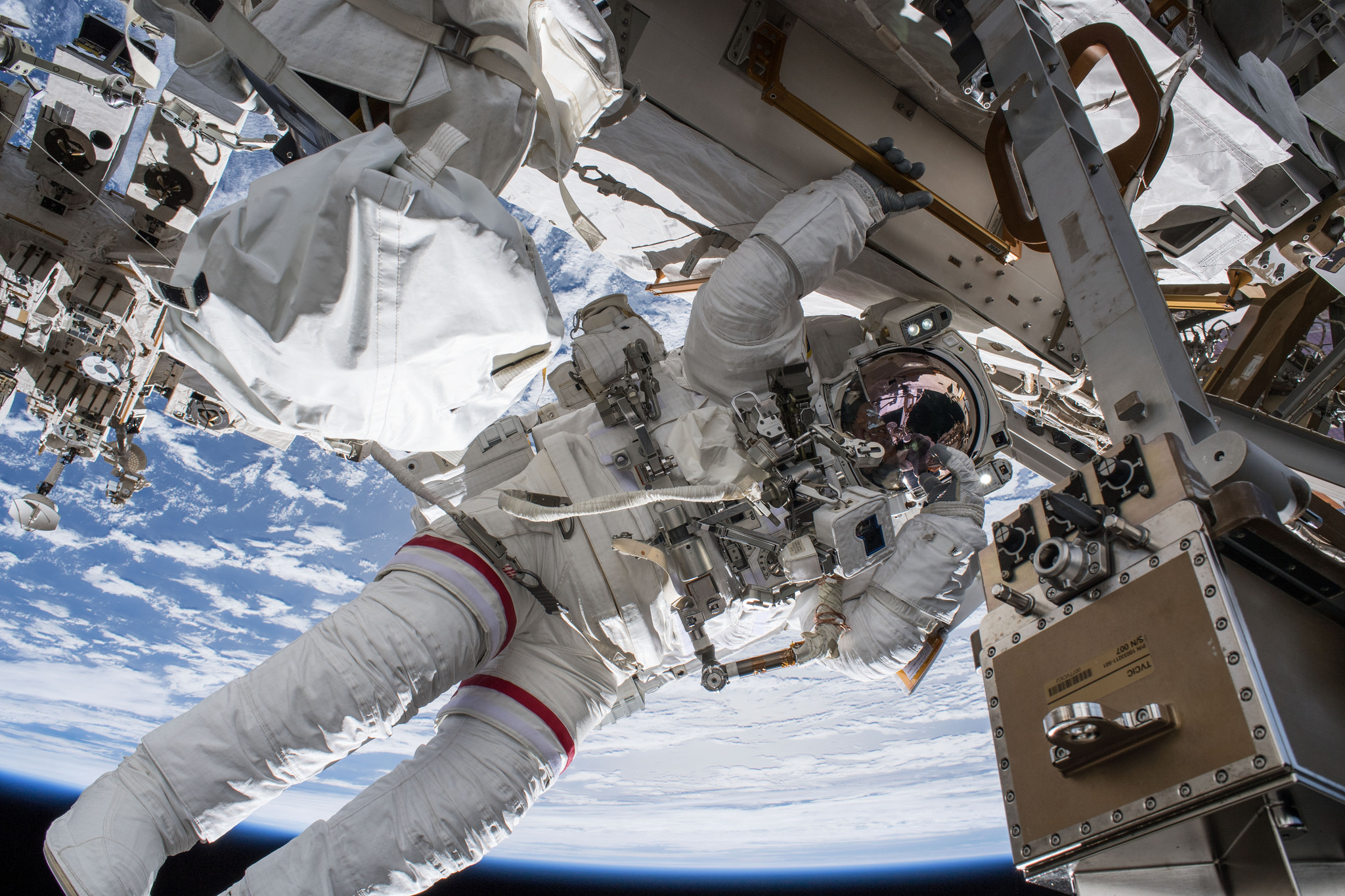 Nasa To Preview Two Space Station Spacewalks Provide Live