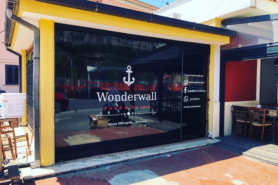 WONDERWALL1