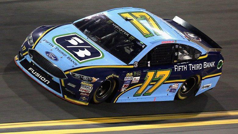 Ricky Stenhouse Jr., Fifth Third Bank extend relationship | NASCAR.com
