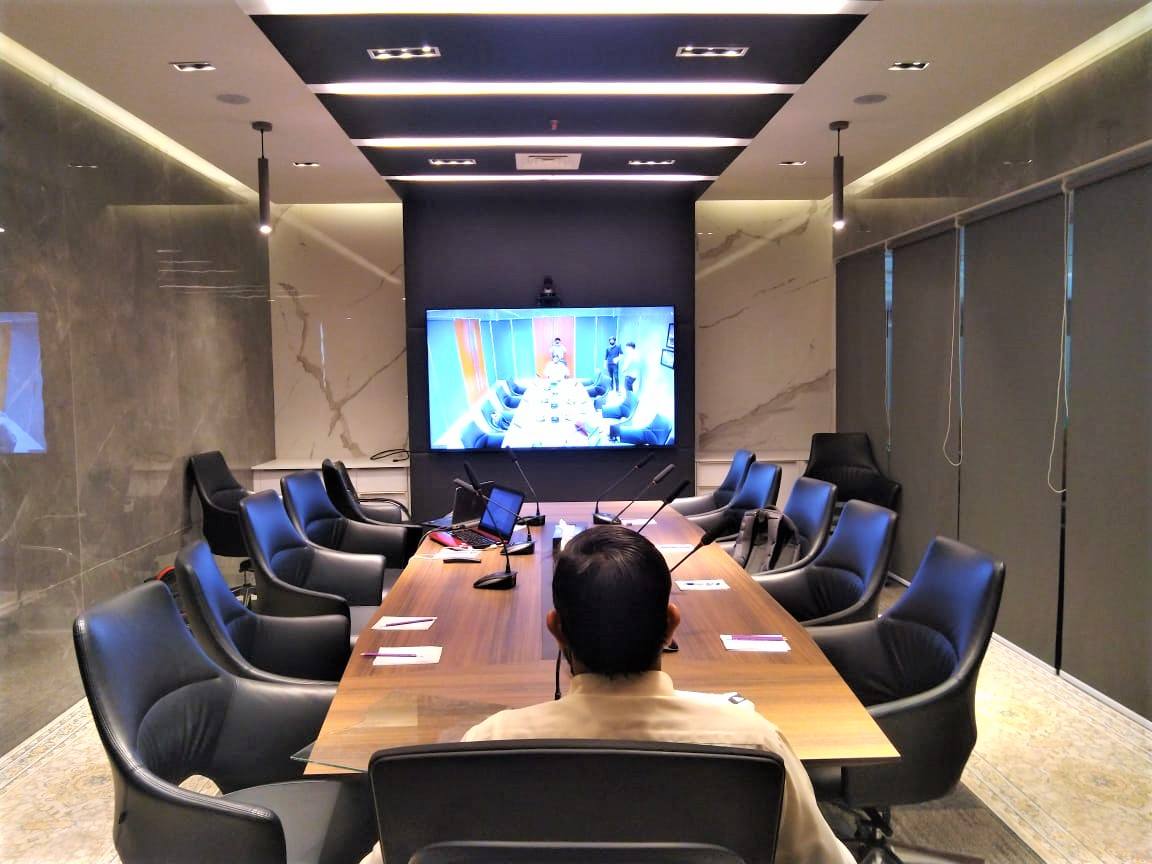 Interactive LED display screen along with audio conference microphone systems in Lahore