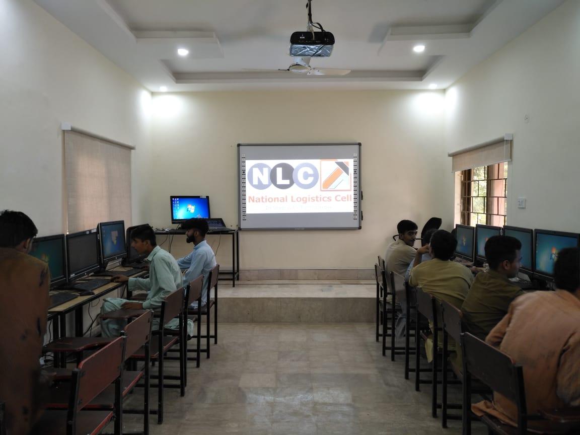 86 inch interactive white board in Lahore