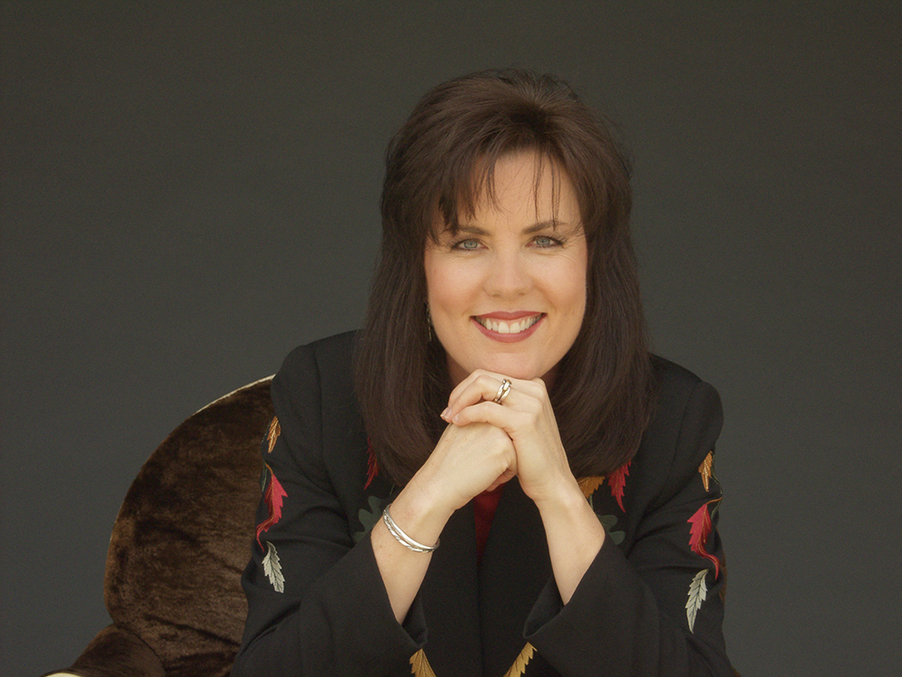 https://i2.wp.com/www.nashcountrydaily.com/wp-content/uploads/sites/1446/2016/11/Holly-Dunn.jpg