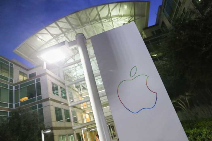Apple Reaches the One Billion Sal